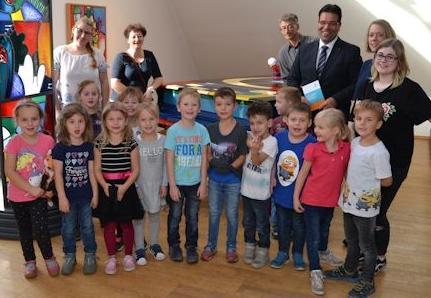 Spendenübergabe Otmar-Alt-Stiftung