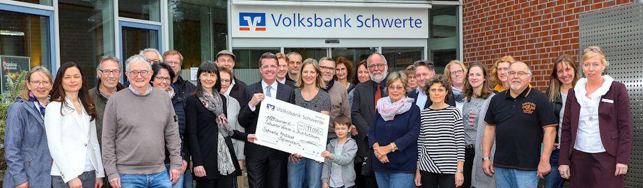 Spendenübergabe an 22 Vereine in Schwerte